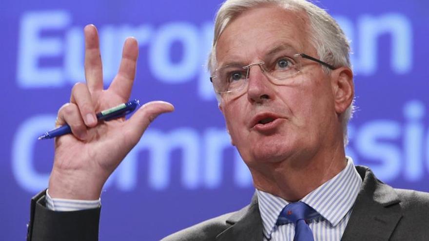 """Barnier está """"preocupado"""" por las propuestas del Reino Unido para Irlanda"""