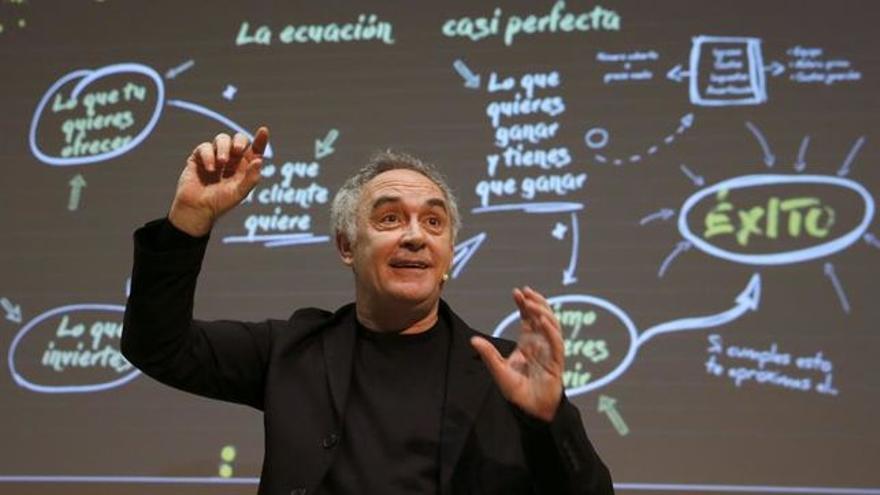 Ferrán Adrià está considerado el mejor cocinero del mundo.
