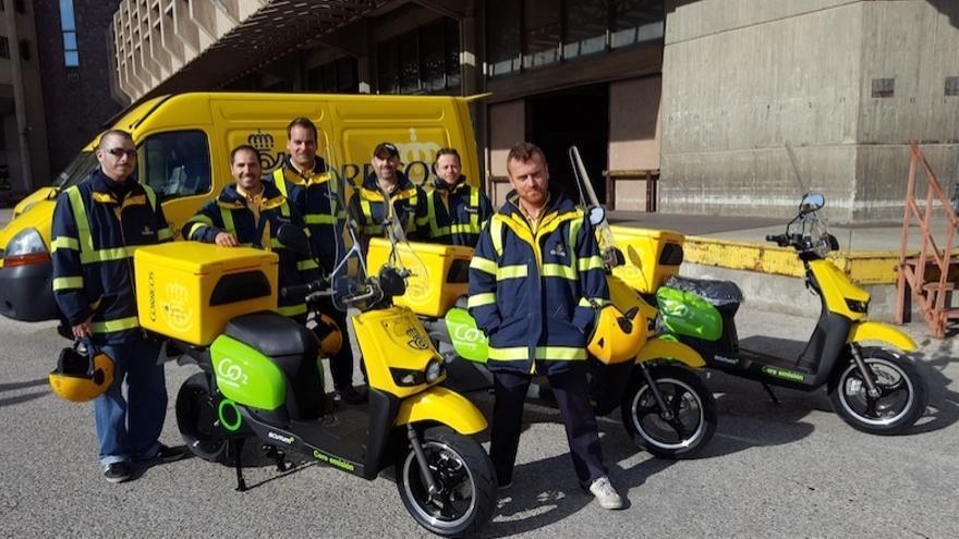 Correos incorpora 100 scooters eléctricos Scutum