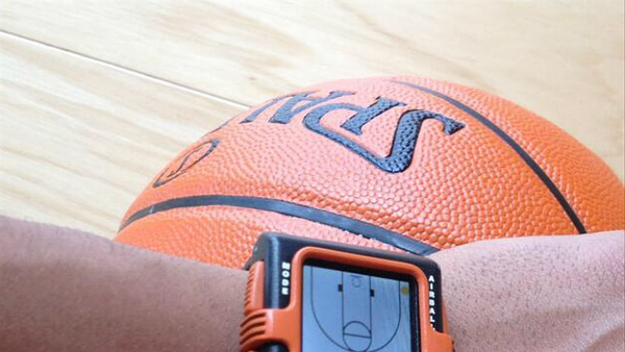 Tecnología y deporte, aunque no lo veamos, van de la mano (Foto: @HoopTracker | Twitter)