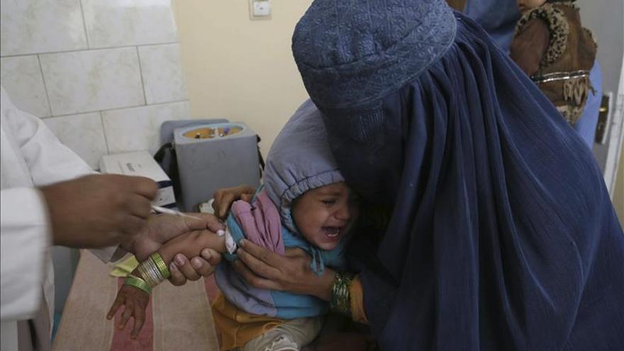 Mueren cinco mujeres y dos niños en un atentado en Afganistán