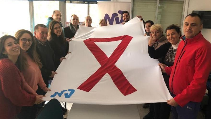 Han sido muchos los actos celebrados este viernes en la región para visibilizar y concienciar en torno a la lucha contra el Sida, entre ellos los que organizó la asociación Nueva Vida de Badajoz
