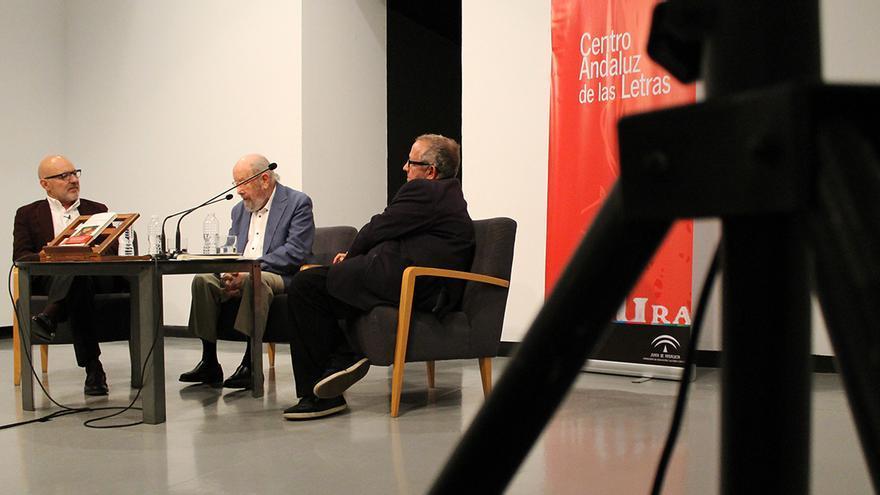 Jesús Vigorra, José Manuel Caballero Bonald y Juan José Téllez. / J.M.B.