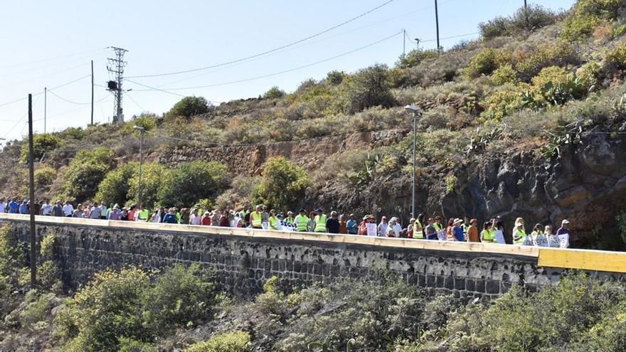 Manifestación del sábado pasado por la carretera vieja de la comarca de Agache, en Güímar
