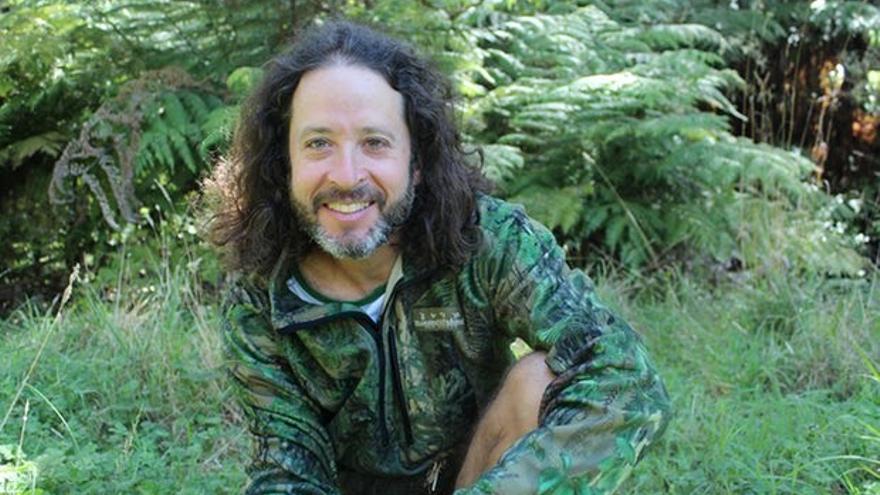Joey Moncarz, cofundador de y profesor de Deep Green Bush School // Fotografía: Joey Moncarz