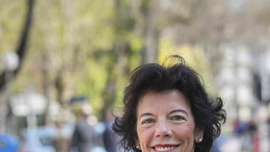 Isabel Celaá, ministra de Educación y portavoz del Gobierno y candidata del PSE-EE por Álava