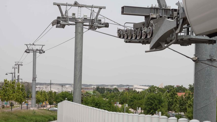 El sistema aéreo se inauguró en 2008 y desde 2011 permanece sin actividad. Foto: Juan Manzanara