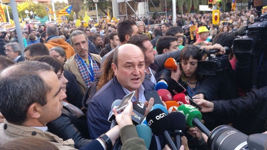 """Ortuzar (PNV) expresa su solidaridad con los encarcelados """"por sus ideas políticas"""""""