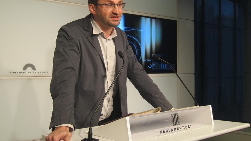 """Herrera (ICV) llama a combatir la derecha """"salvaje"""" de Rajoy y la de Mas"""