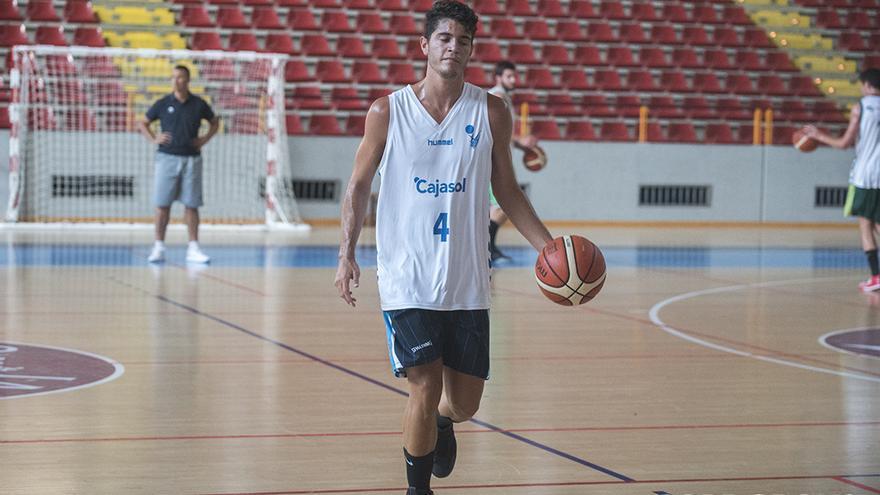 Ricky Caballero, en un entrenamiento en Vista Alegre | TONI BLANCO