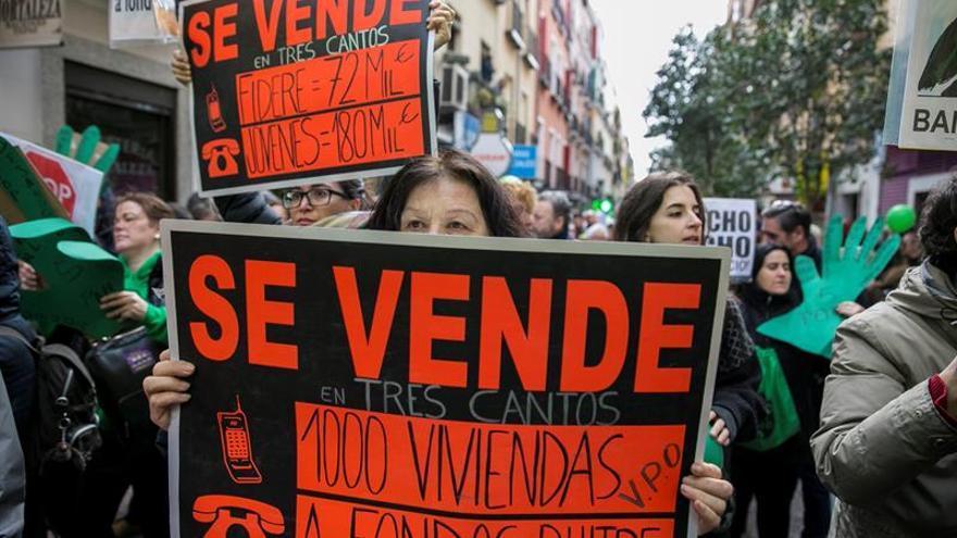 El Congreso avala el veto del Gobierno a la ley de vivienda de la PAH