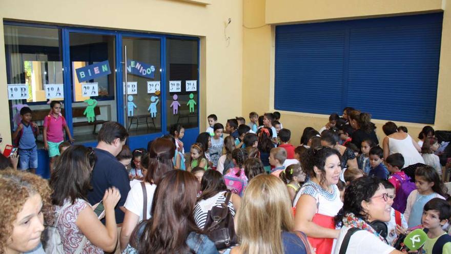 Las clases han comenzado para estudiantes del Segundo Ciclo de Educación Infantil, Primaria, Secundaria y Educación Especial