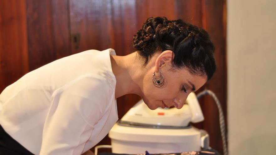 Martina es la primera artesana de Canarias seleccionada para la Feria de Mercado de Madrid.