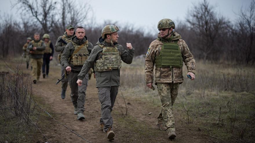Ucrania realiza maniobras militares en las cercanías de Crimea