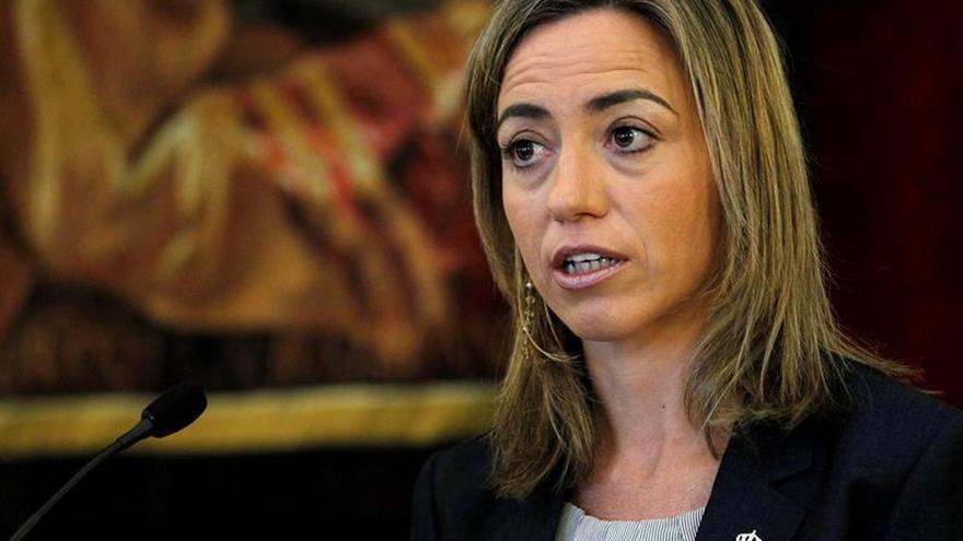 Puigdemont y los consellers de la Generalitat lamentan la muerte de Chacón