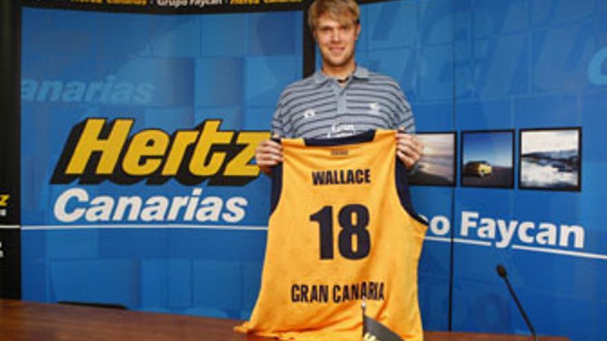 CJ Wallace llega al 'Granca' procedente de la Benetton de Treviso. (CB GRAN CANARIA)