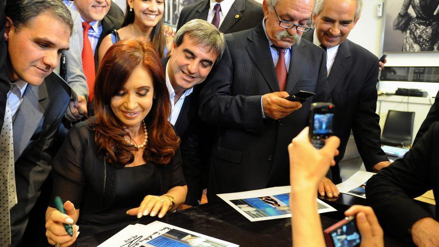 El Gobierno argentino reveló el salario de Cristina Fernández en medio de la polémica