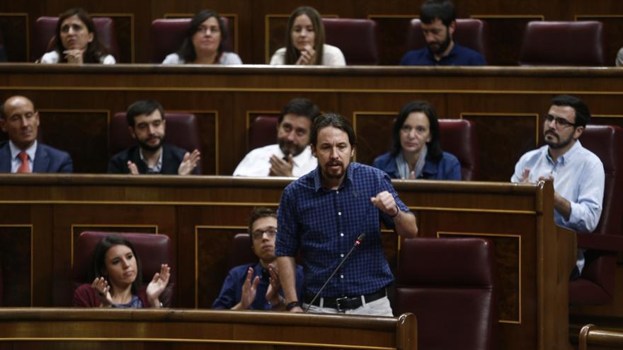 Cargos públicos de Podemos reivindican su trabajo parlamentario tras asumir Iglesias que lo fundamental es la calle