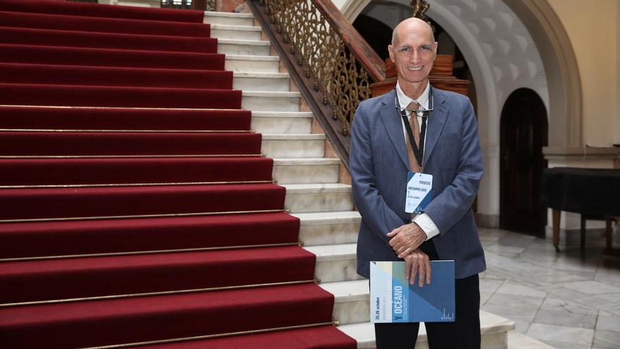 José Lluís Peregrí, profesor de Investigación y director del Instituto de Ciencias del Mar.