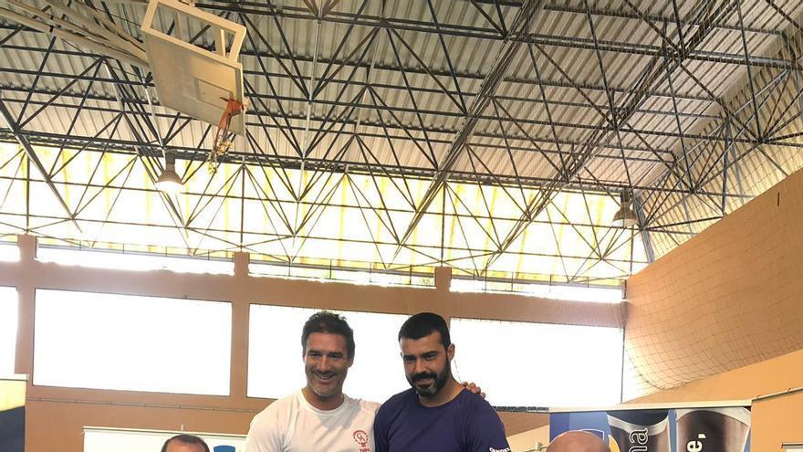 David Pérez y Lupicinio Díaz en el homenaje que les tributó la Federación Insular de Judo el pasado fin de semana en El Fraile