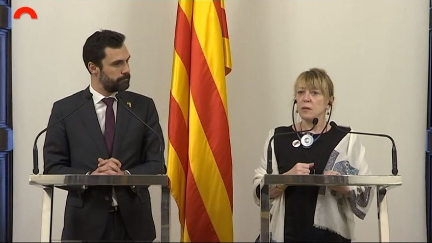 Jody Williams en su comparecencia junto a Roger Torrent