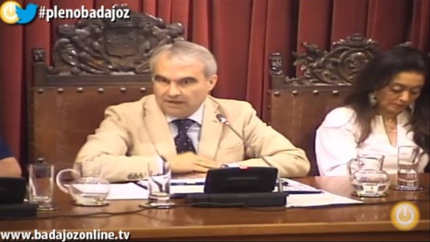 El alcalde, Francisco Fragoso, en el pleno