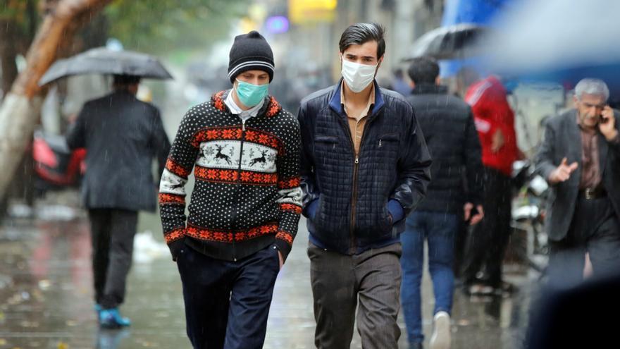 Irán aplica confinamiento y toque de queda ante el descontrol de la pandemia