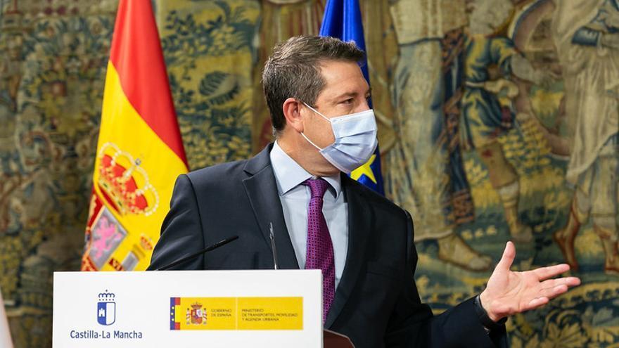 """""""Aquí no se ha improvisado nada"""", replica García-Page a Ayuso sobre las restricciones para ciudades con alta incidencia"""