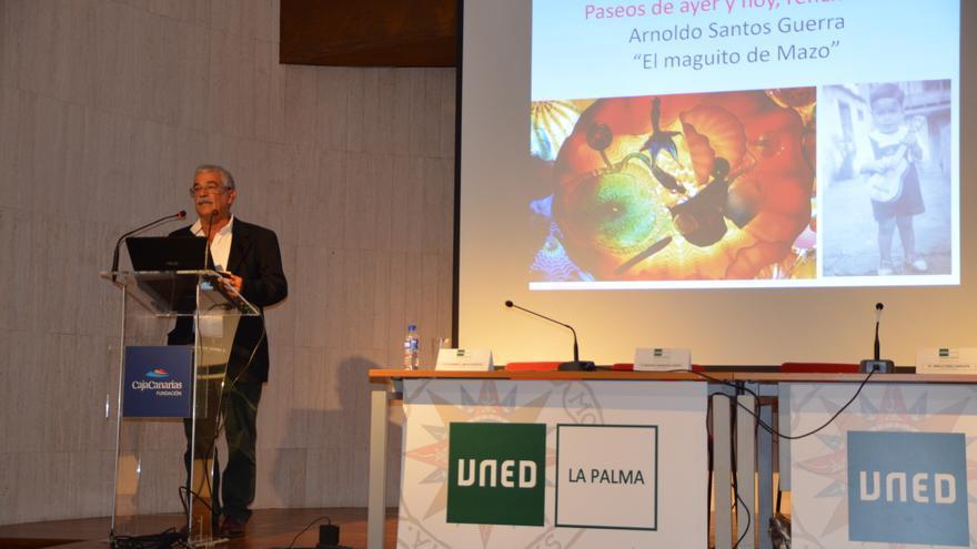 Arnoldo Santos Guerra, durante la lección inaugural el curso 2019-2020 de la UNED La Palma.