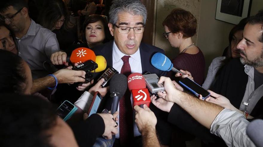 Aprobado en comisión el suplicatorio de Homs con los votos de PP, PSOE y C's