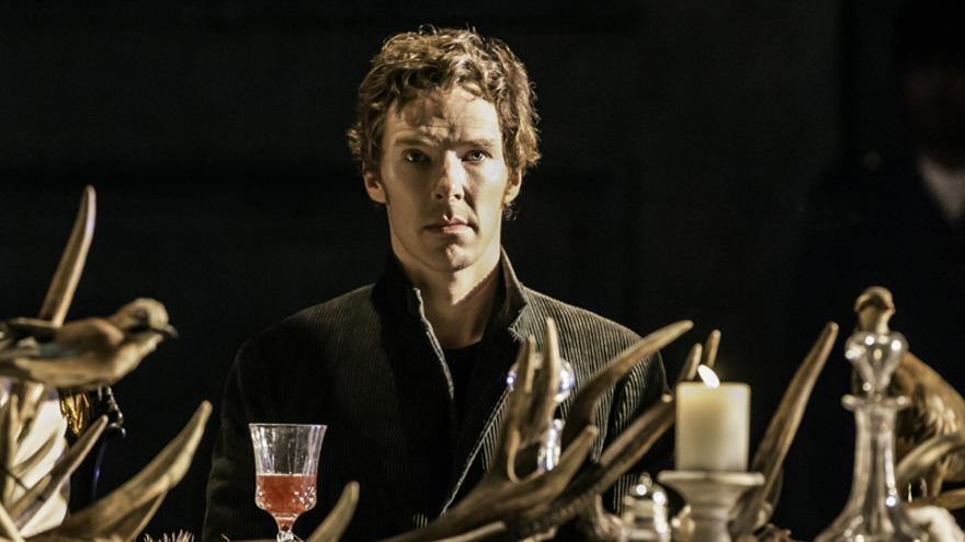 Benedict Cumberbacht en su papel de Hamlet
