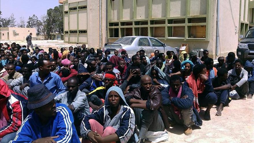 Centro de acogida de inmigrantes en la ciudad libia de Misrata, 220 kilómetros al este de Trípoli. / EFE