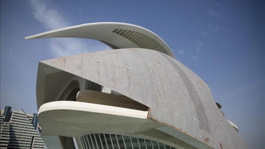 Generalitat denunciará a Calatrava si no hay acuerdo por la fachada del Palau