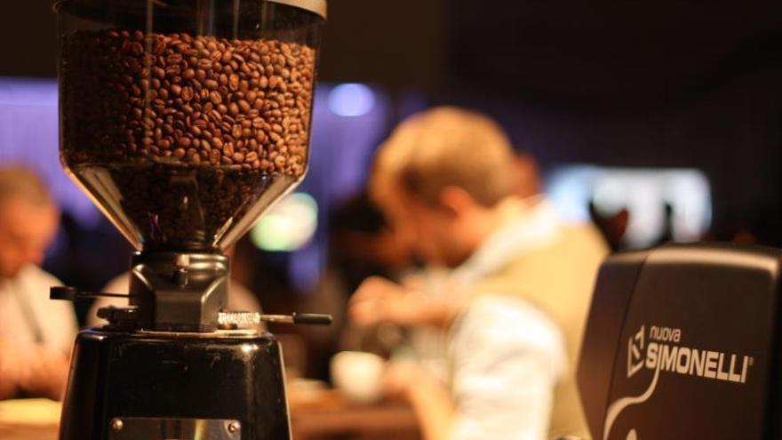 """En este trabajo, concluye este químico computacional, se exponen las variables que deben considerarse si se quiere caminar mejor en """"el espacio de parámetros"""" de la preparación de un café expreso."""