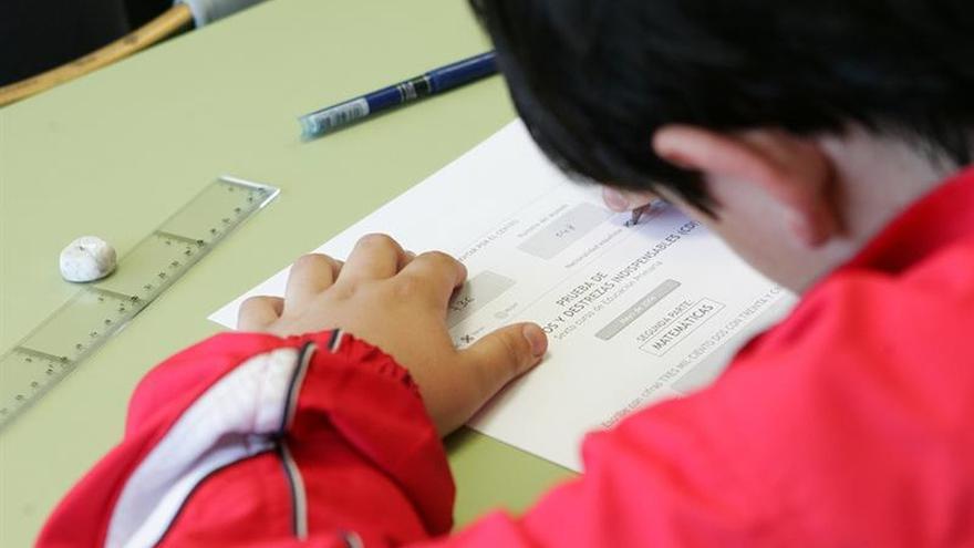 El alumnado español mejora en Matemáticas y Ciencias pero no alcanza la media de la UE