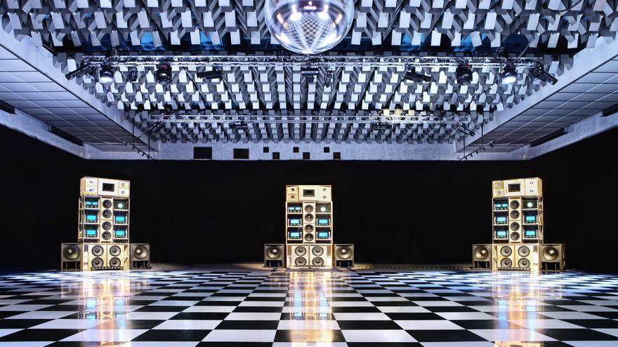 DESPACIOO: las siete torres MacIntosh del Sónar