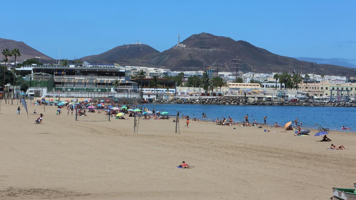 Playa de Las Alcaravaneras. (ALEJANDRO RAMOS)