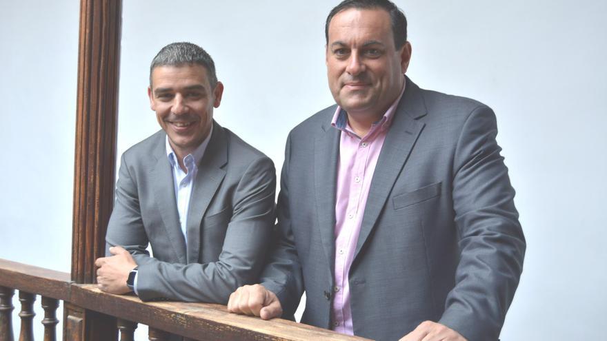 Narvay Quintero (i) y Basilio Pérez.