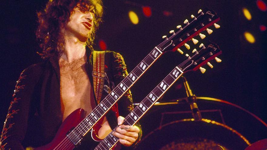 Jimmy Page, legendario guitarrista de la banda Led Zeppelin