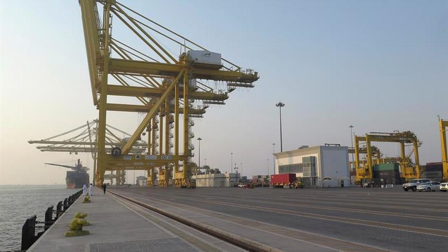 Catar inaugura uno de los mayores puertos del Golfo ante el bloqueo árabe