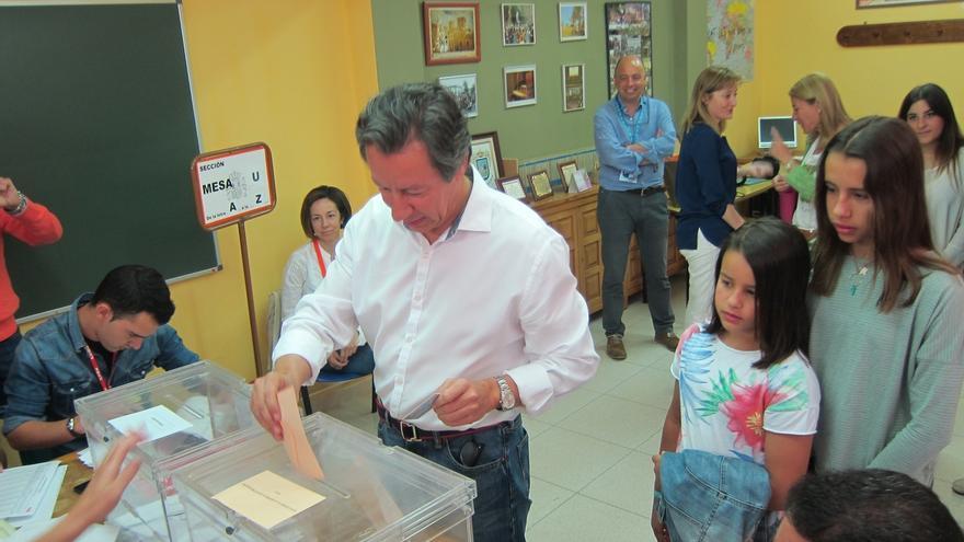 """Floriano (PP) espera una """"grandísima participación"""" porque hoy """"se votan las cosas más próximas"""""""