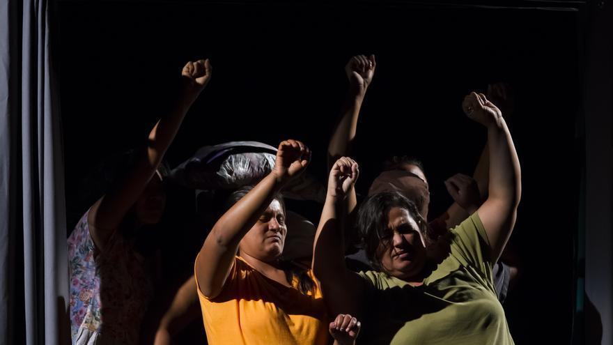 Integrantes de La Cachada representan 'Si vos no hubieras nacido'