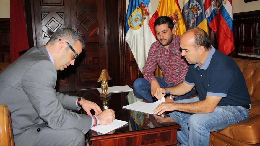 De izquerda a derecha: Segio Matos, Raico Arrocha y Juan Carlos Martín.