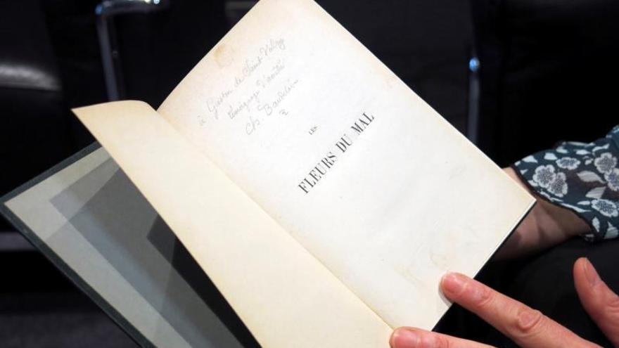 La estrofa secreta de Baudelaire que una familia escondió durante un siglo
