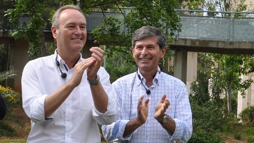 Alberto Fabra junt a Alfonso Bataller, su sucesor en la alcaldía de Castellón y candidato del PP
