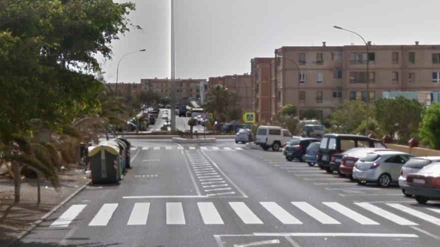 Herida una mujer de 70 años que fue arrollada de madrugada por un vehículo en Telde