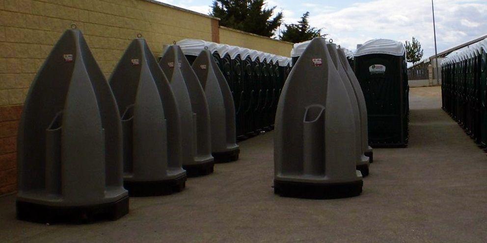 Urinarios portátiles de varios tipos