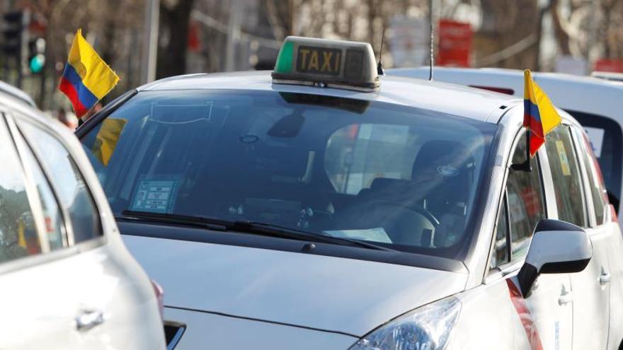 La Comunidad de Madrid propone planes de amortización de licencias de taxi