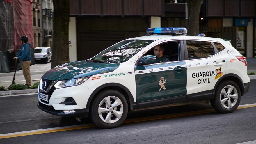 La Guardia Civil busca al autor de un atraco en una sucursal bancaria de Buñuel