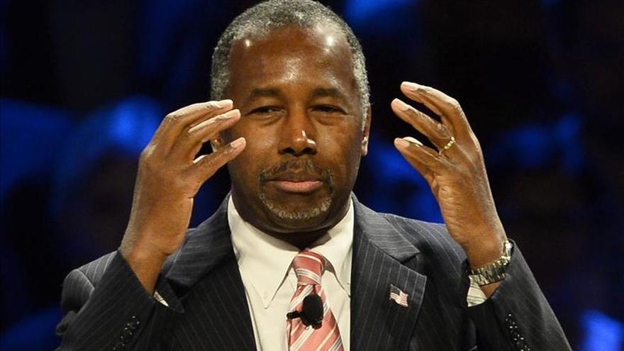 Carson pide que EE.UU. dé más fondos a los campos de refugiados sirios en O. Medio pide que O. Medio se ocupe de la crisis